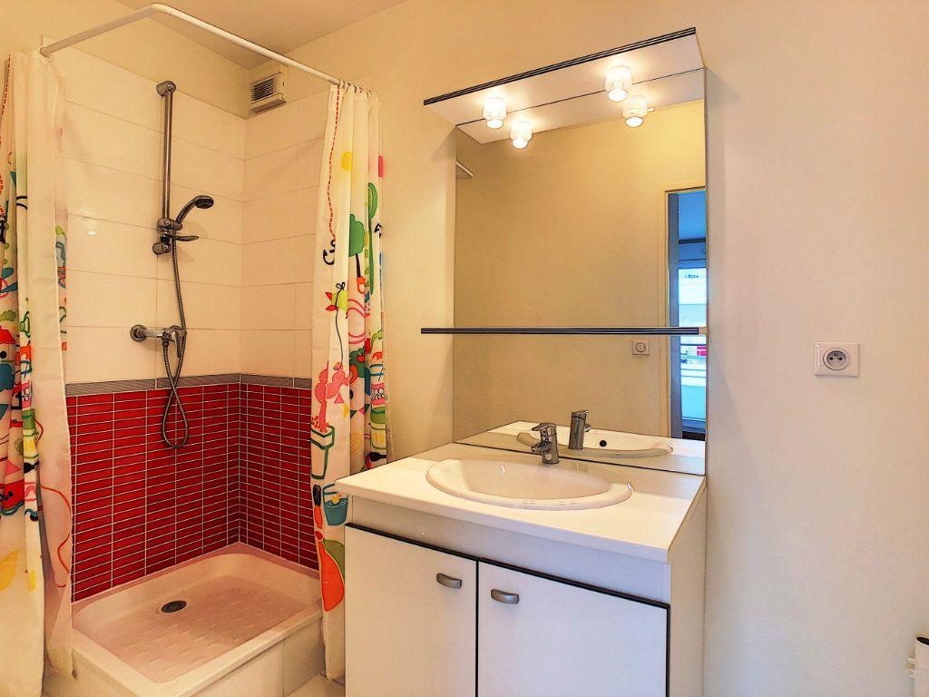 Appartement à louer 2 38.45m2 à Orléans vignette-5
