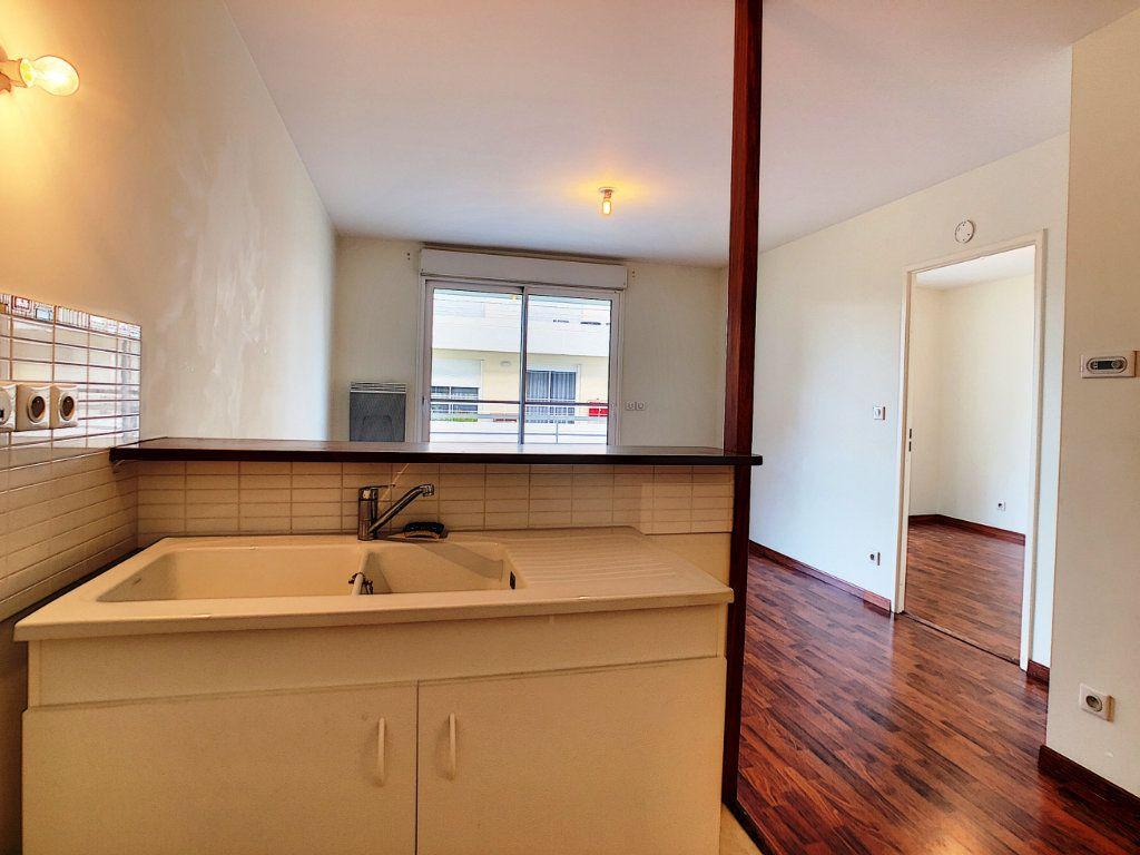 Appartement à louer 2 38.45m2 à Orléans vignette-6