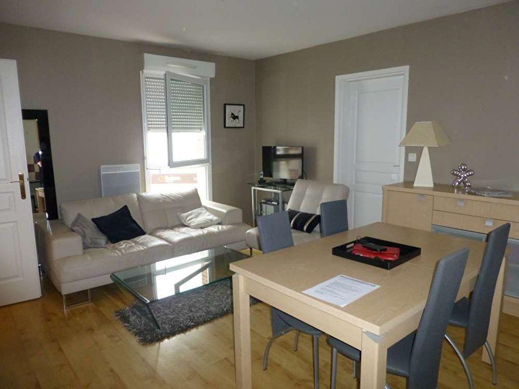 Appartement à louer 3 53.3m2 à Saint-Denis-en-Val vignette-2