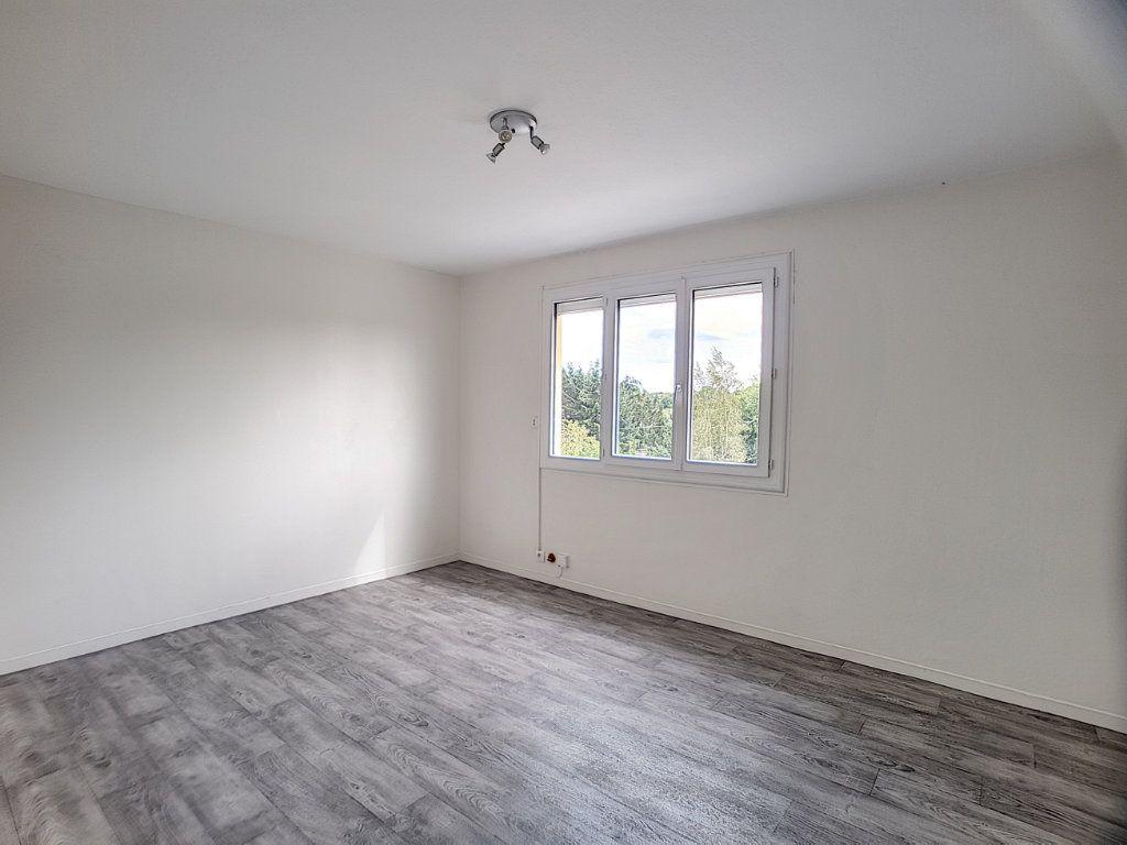 Appartement à louer 1 30m2 à Olivet vignette-1