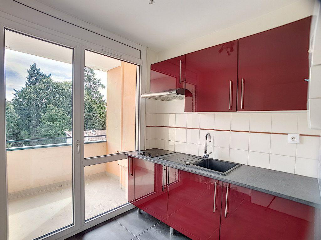 Appartement à louer 1 30m2 à Olivet vignette-2