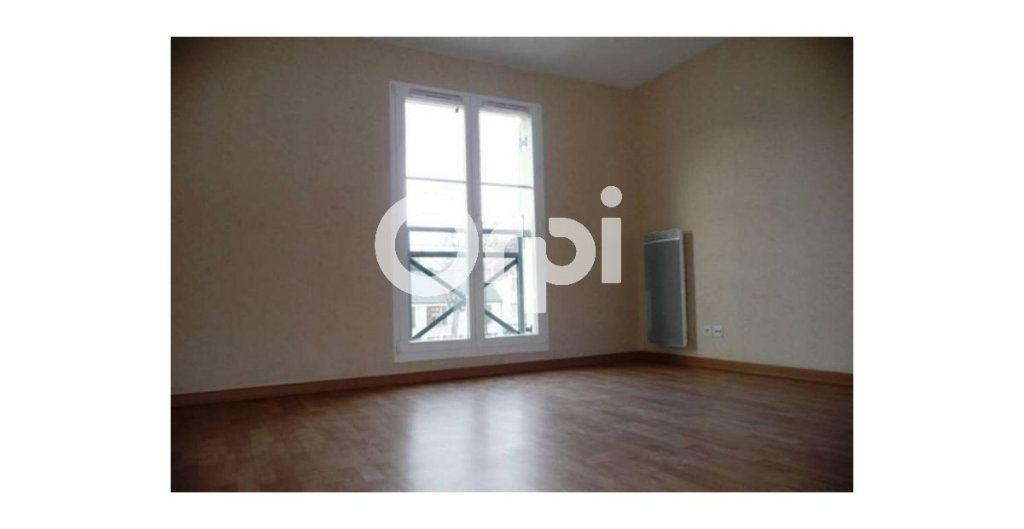 Appartement à louer 2 42.91m2 à Étampes vignette-4