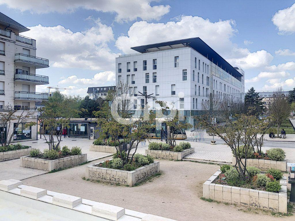 Appartement à louer 1 20.07m2 à Orléans vignette-14