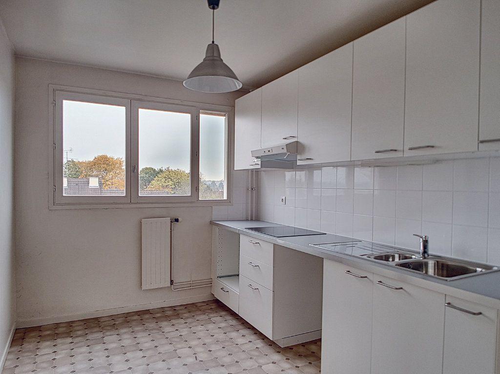 Appartement à louer 2 51.4m2 à Olivet vignette-3