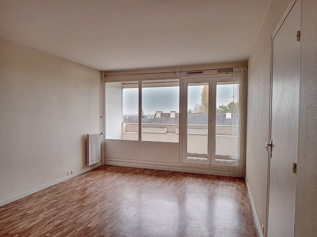 Appartement à louer 2 51.4m2 à Olivet vignette-6