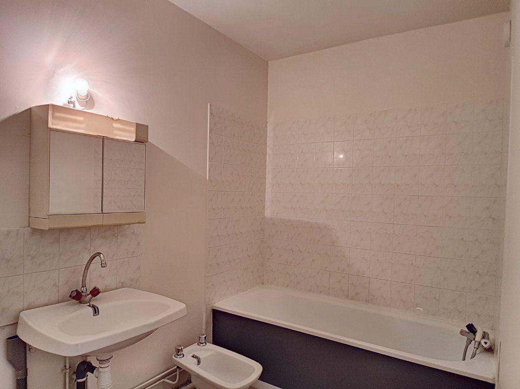 Appartement à louer 2 51.4m2 à Olivet vignette-7