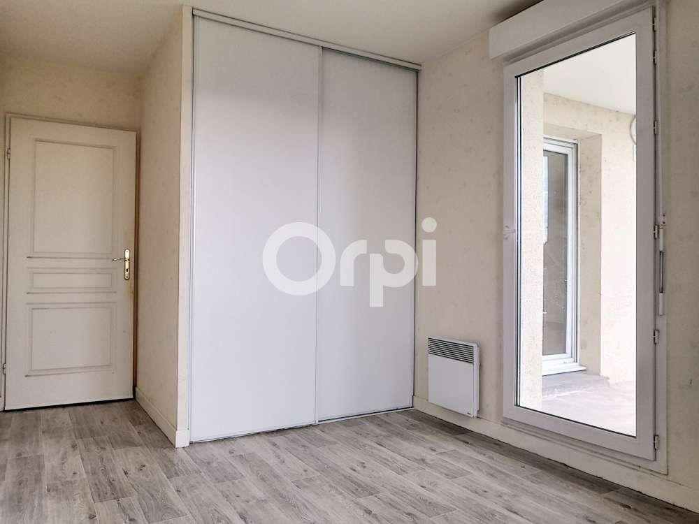 Appartement à louer 2 50.15m2 à Orléans vignette-2