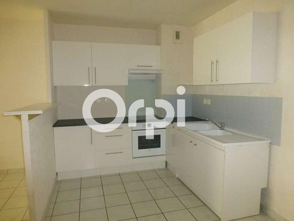 Appartement à louer 3 64.02m2 à Orléans vignette-6