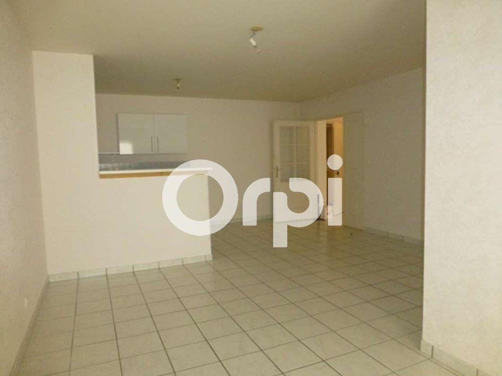 Appartement à louer 3 64.02m2 à Orléans vignette-7