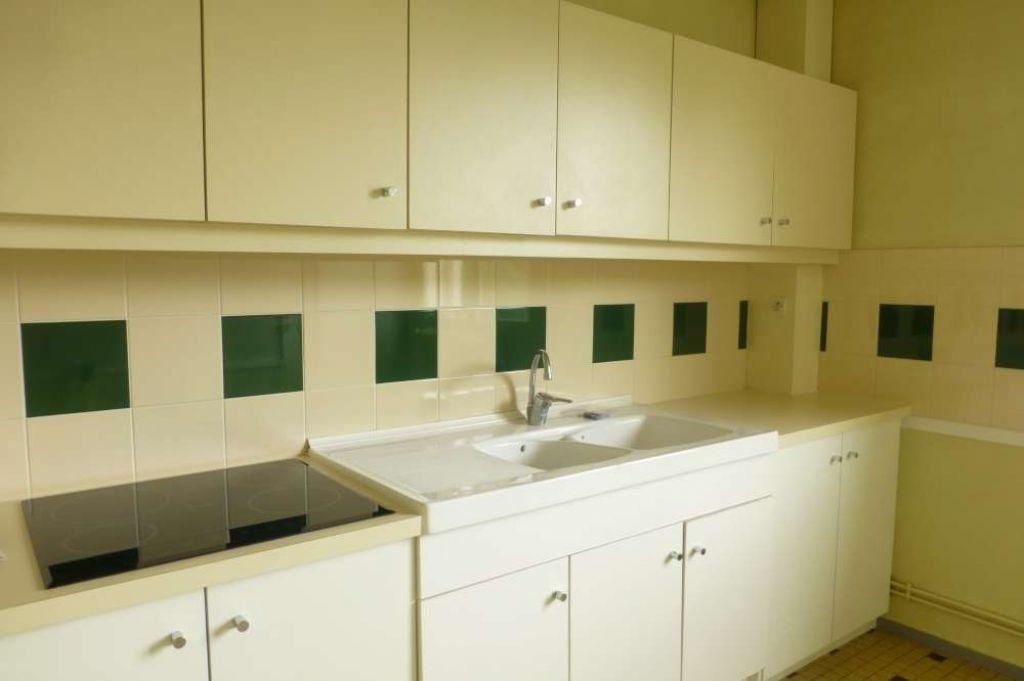 Appartement à louer 5 85.9m2 à La Chapelle-Saint-Mesmin vignette-11