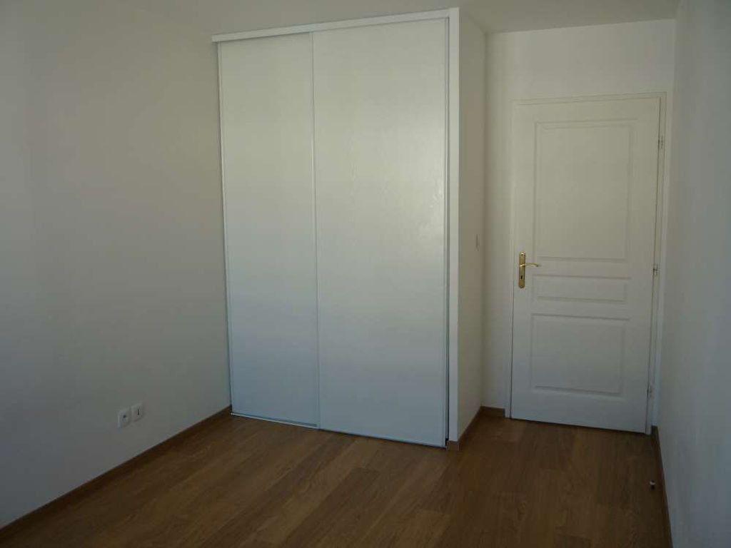 Appartement à louer 3 71.5m2 à Orléans vignette-4