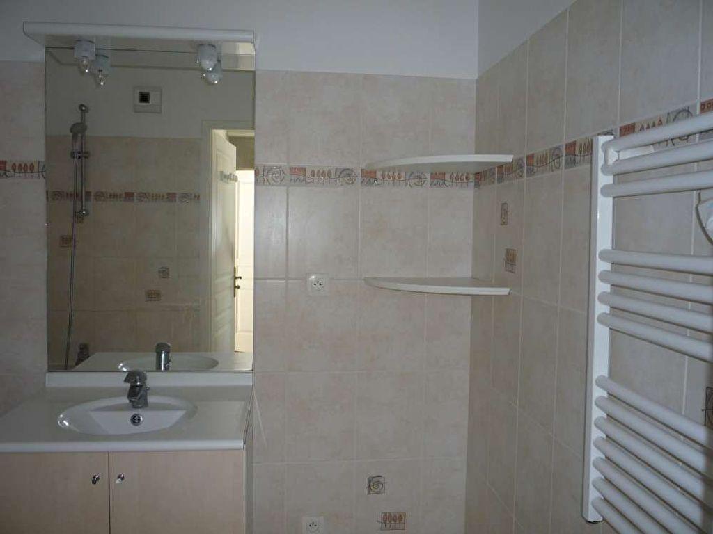 Appartement à louer 3 71.5m2 à Orléans vignette-10