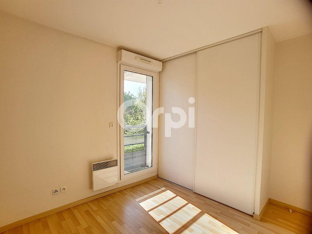 Appartement à louer 3 65.05m2 à Orléans vignette-7