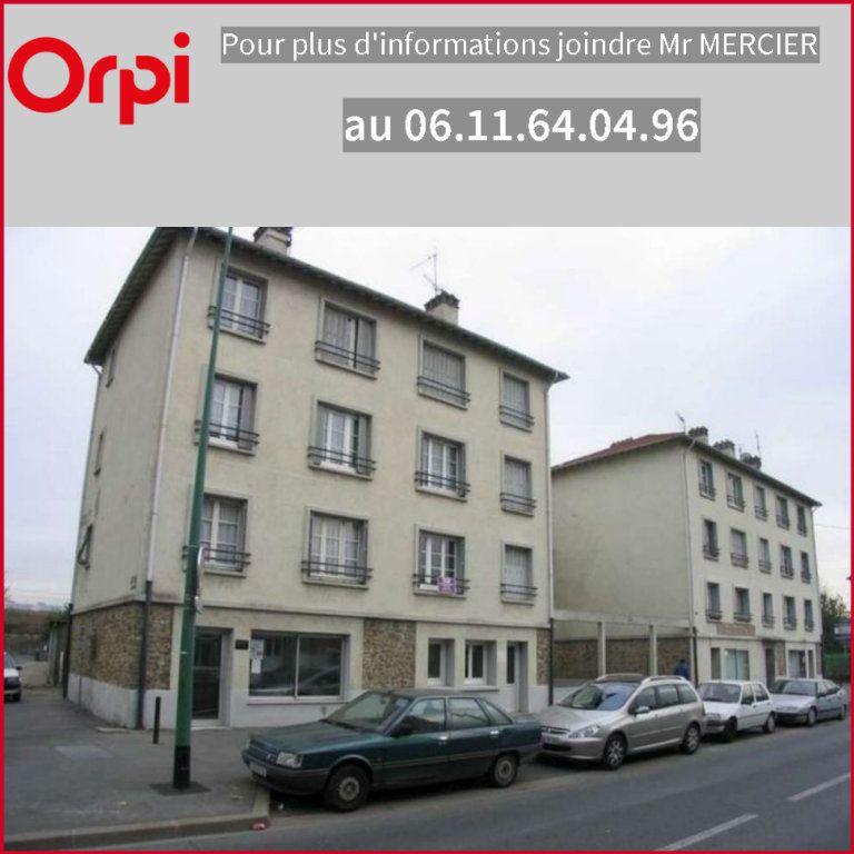 Appartement à louer 2 31.73m2 à Villeneuve-Saint-Georges vignette-1