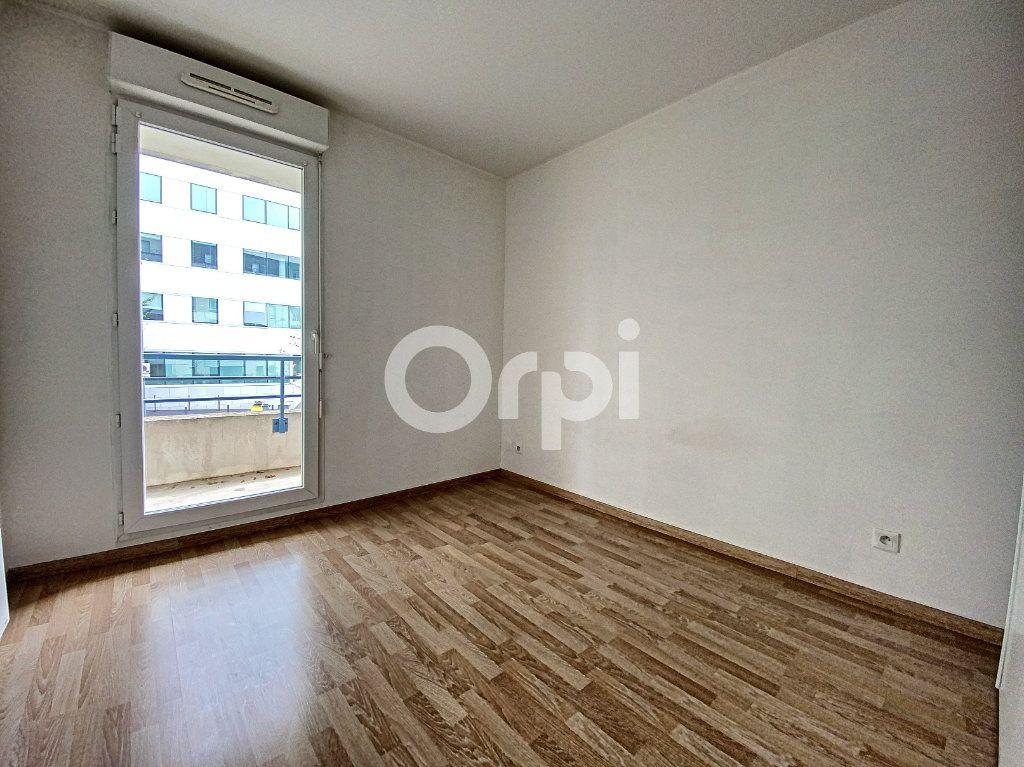 Appartement à louer 3 63.65m2 à Orléans vignette-6
