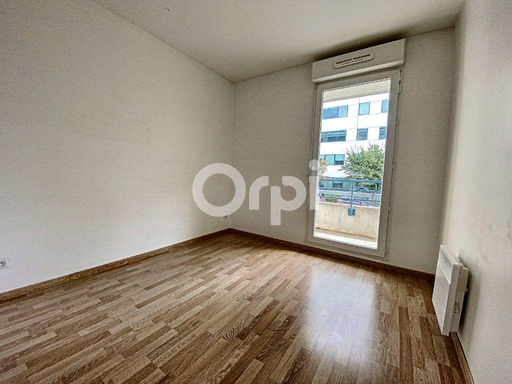 Appartement à louer 3 63.65m2 à Orléans vignette-11