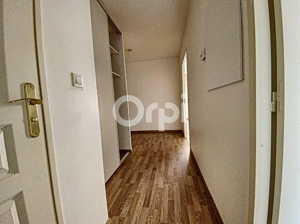 Appartement à louer 3 63.65m2 à Orléans vignette-15