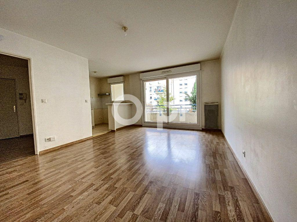 Appartement à louer 3 63.65m2 à Orléans vignette-17
