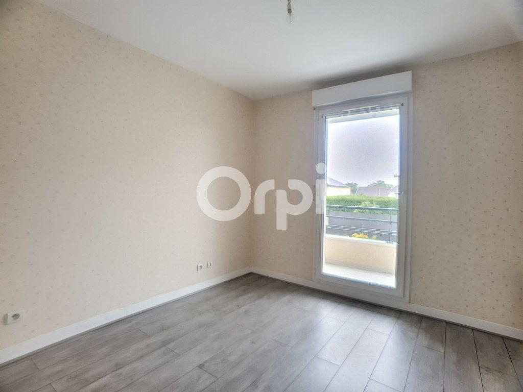 Appartement à louer 3 73.75m2 à La Chapelle-Saint-Mesmin vignette-4