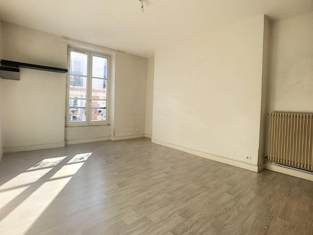 Appartement à louer 2 40.78m2 à Orléans vignette-2