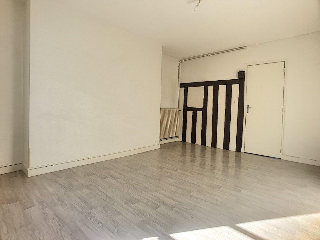 Appartement à louer 2 40.78m2 à Orléans vignette-5