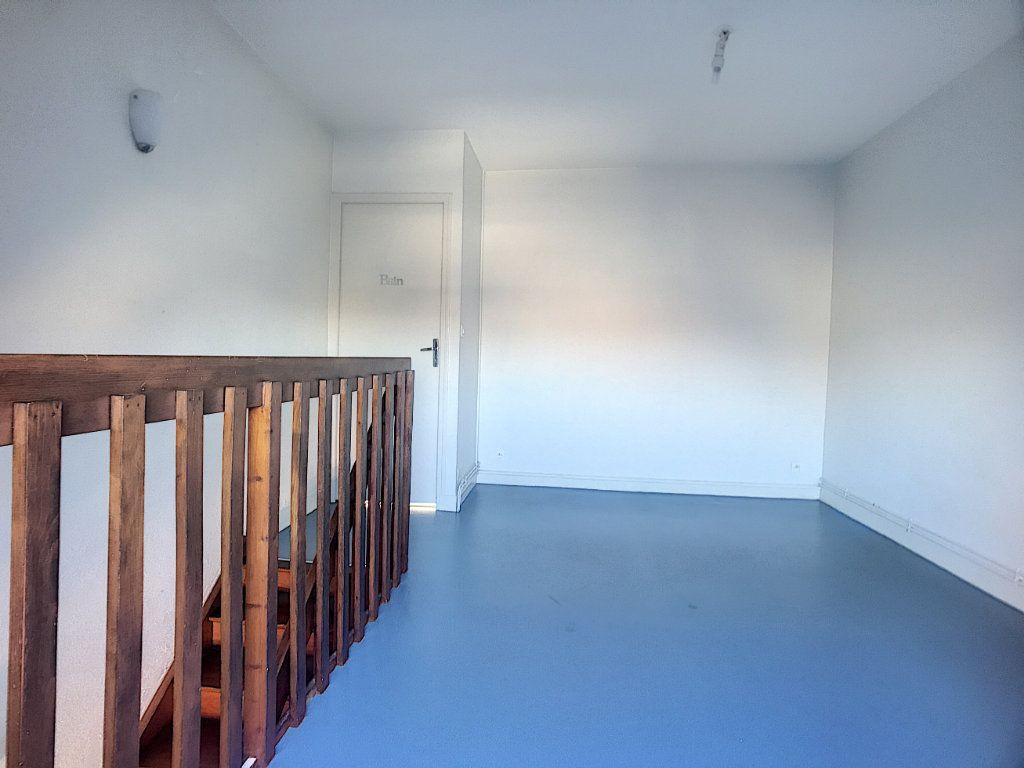 Appartement à louer 2 40.78m2 à Orléans vignette-8