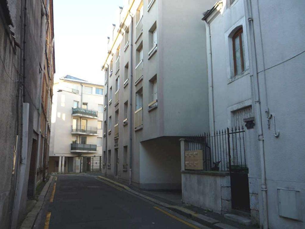 Stationnement à louer 0 12m2 à Orléans vignette-6