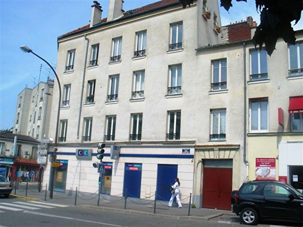 Appartement à louer 2 40.5m2 à Les Lilas vignette-6