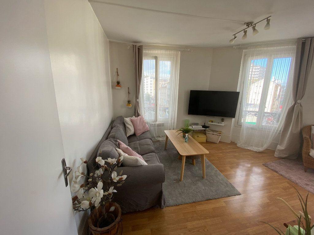 Appartement à louer 2 40.5m2 à Les Lilas vignette-9