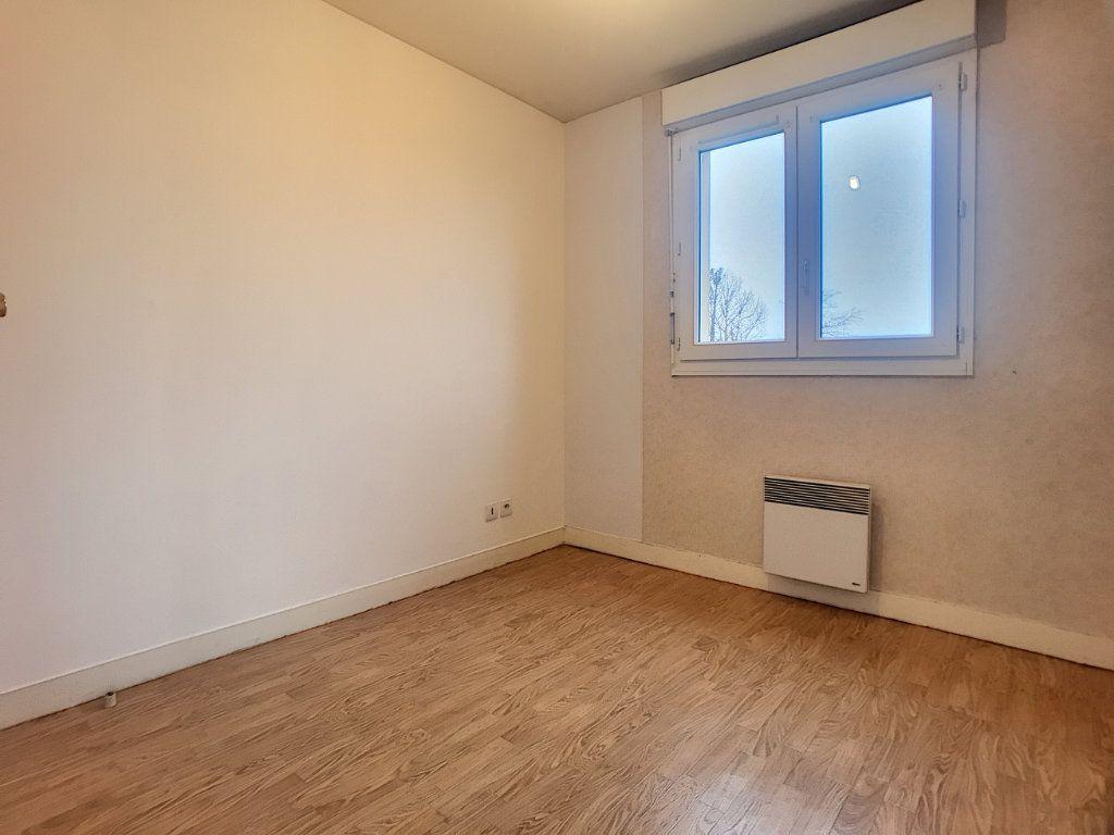 Appartement à louer 2 42.3m2 à Saint-Jean-de-Braye vignette-7