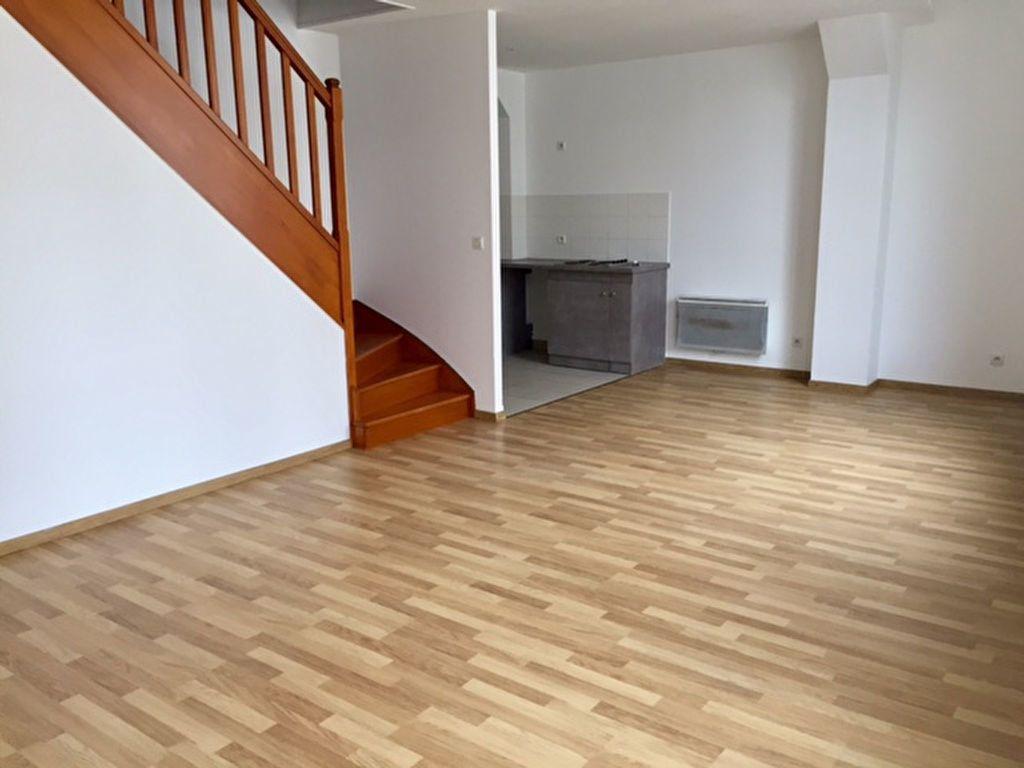 Appartement à louer 2 57.77m2 à Orléans vignette-1