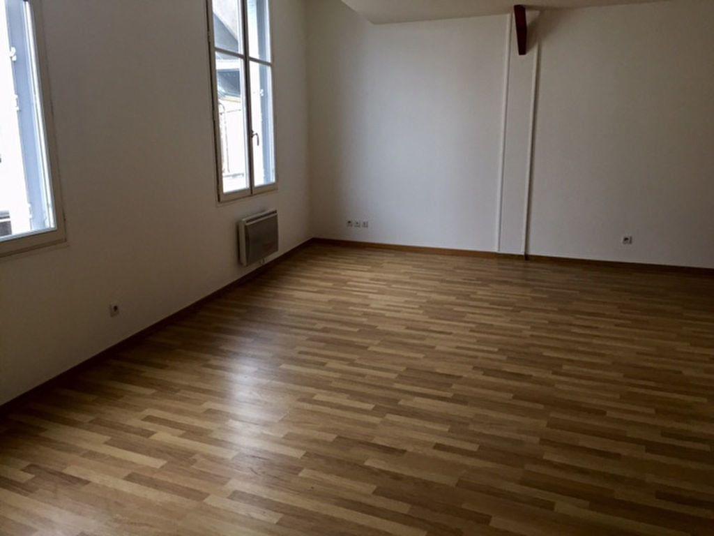 Appartement à louer 2 57.77m2 à Orléans vignette-3