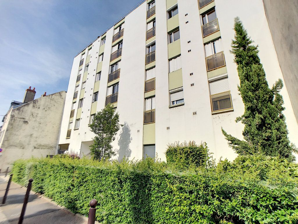 Appartement à vendre 3 80.55m2 à Orléans vignette-1