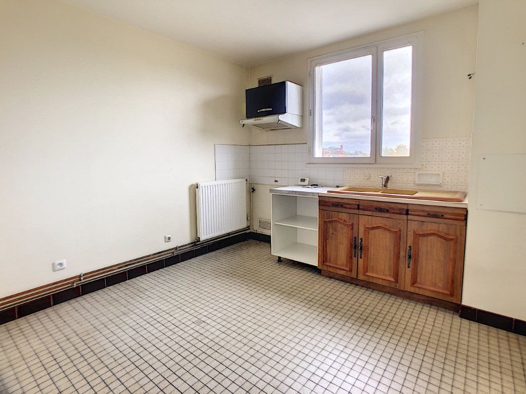 Appartement à vendre 3 80.55m2 à Orléans vignette-3