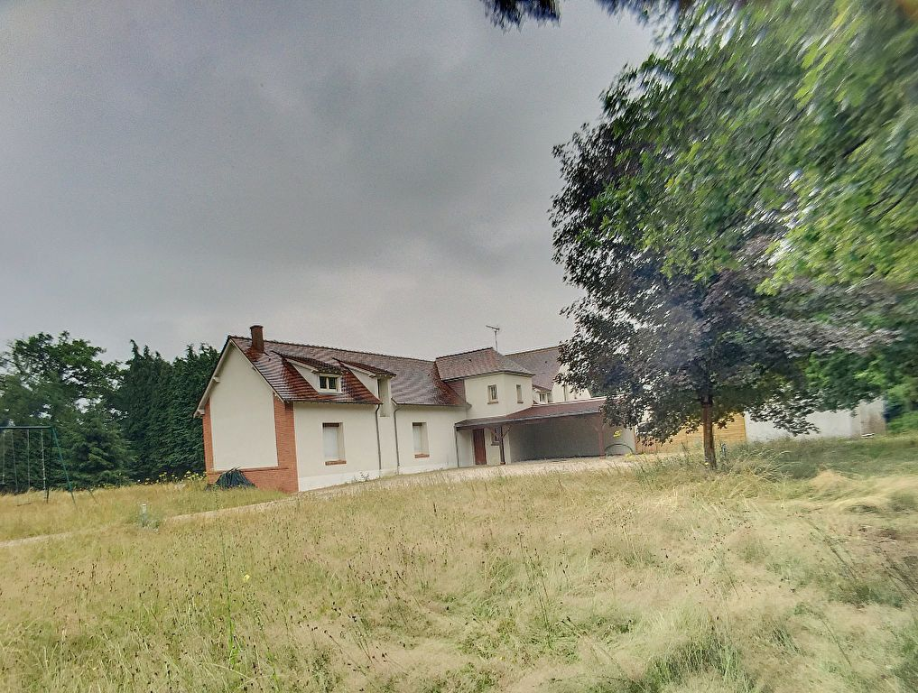 Maison à louer 5 148.49m2 à Cléry-Saint-André vignette-4