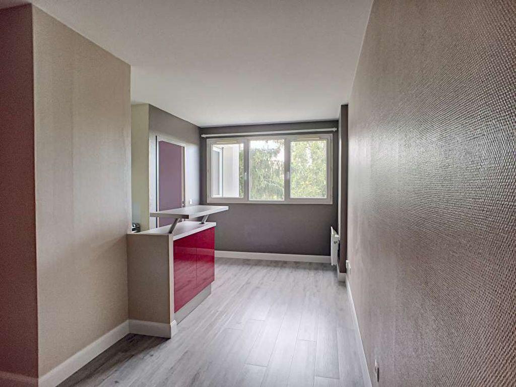 Appartement à louer 1 30.87m2 à Orléans vignette-4