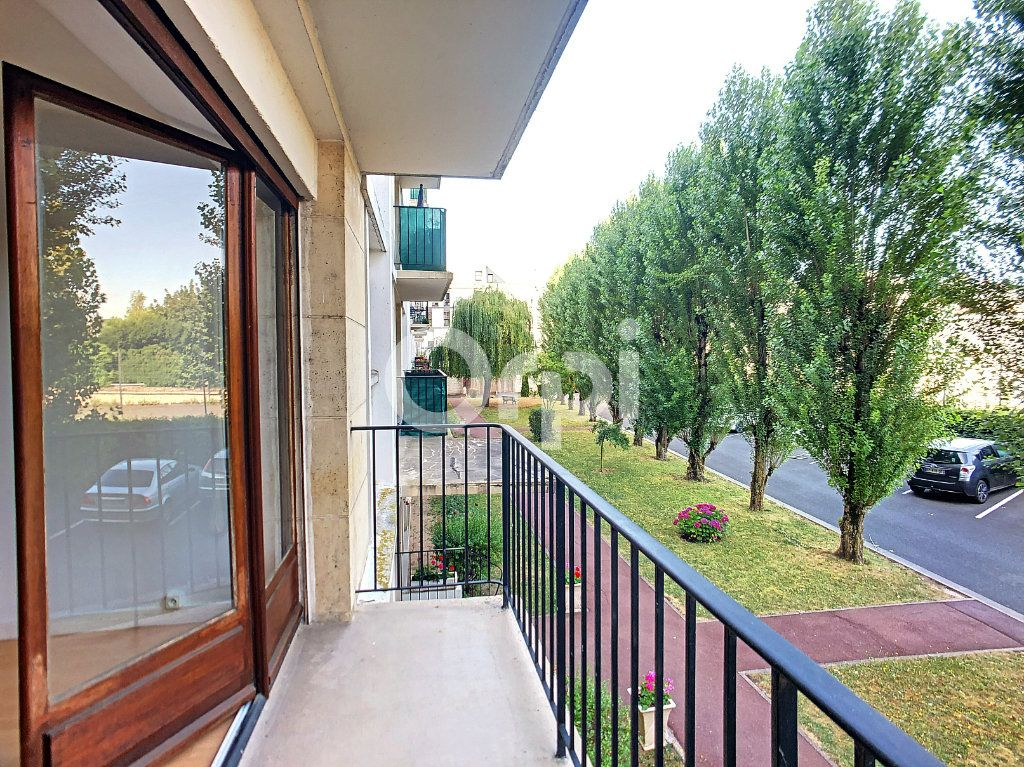 Appartement à louer 2 44.4m2 à Orléans vignette-8