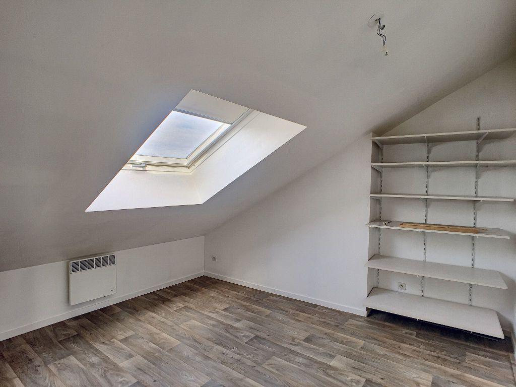 Appartement à louer 3 43.24m2 à Orléans vignette-3
