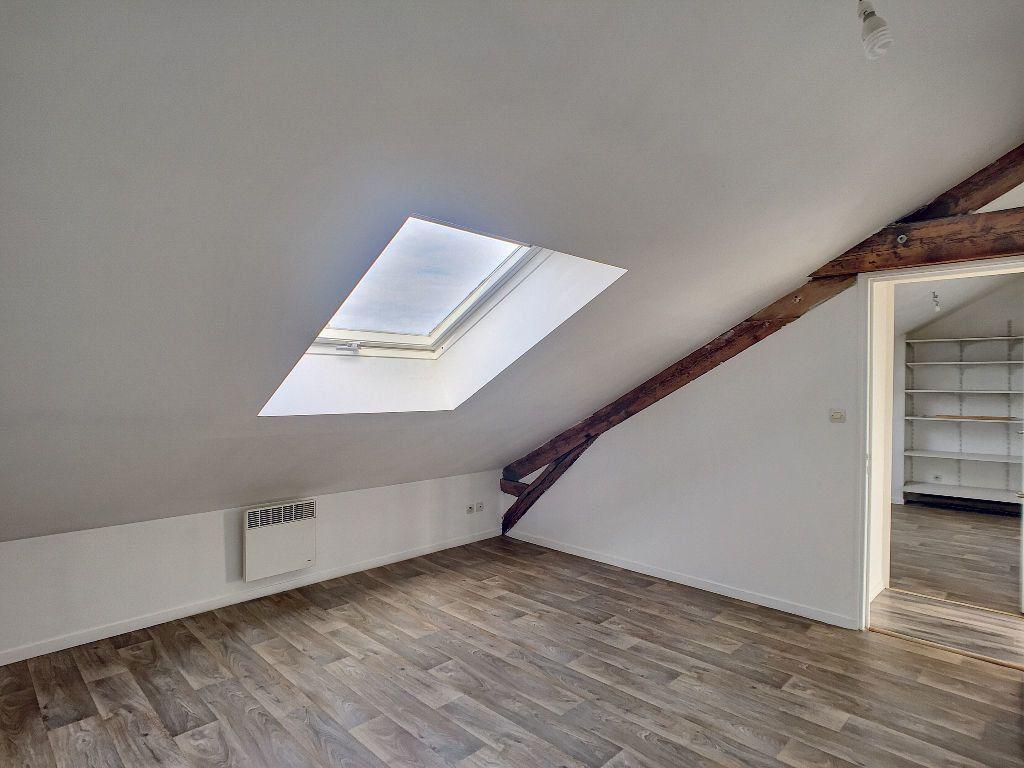 Appartement à louer 3 43.24m2 à Orléans vignette-8
