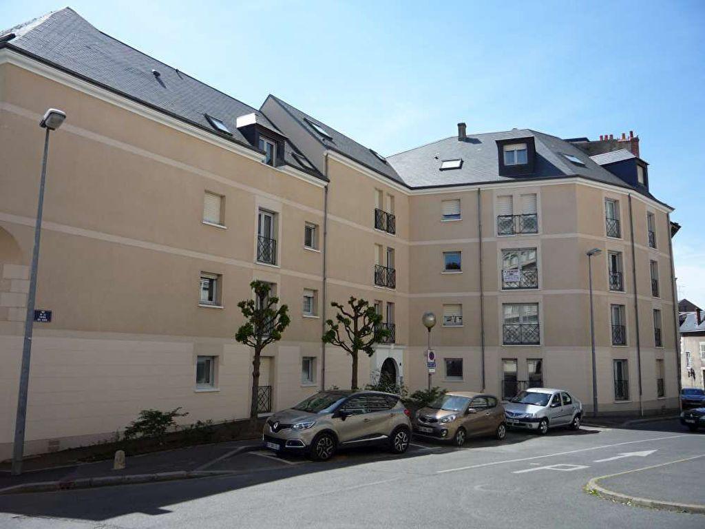 Appartement à louer 1 23.38m2 à Orléans vignette-1