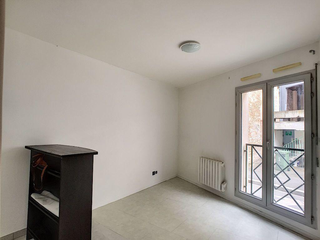 Appartement à louer 1 23.38m2 à Orléans vignette-3