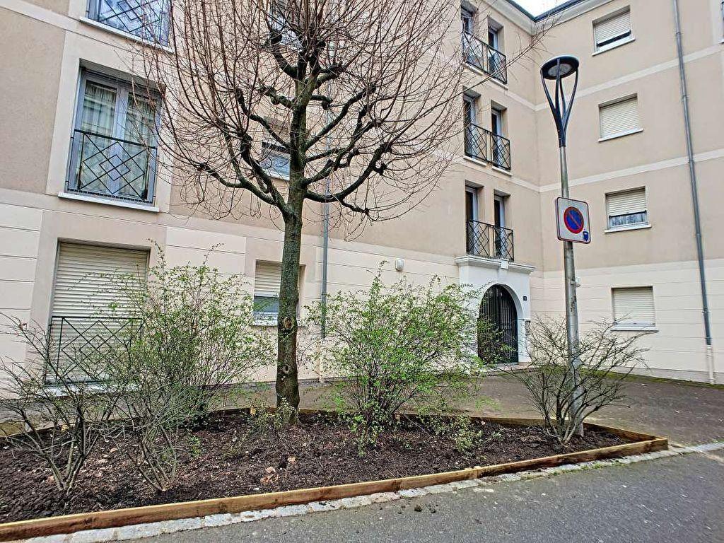 Appartement à louer 1 23.38m2 à Orléans vignette-6