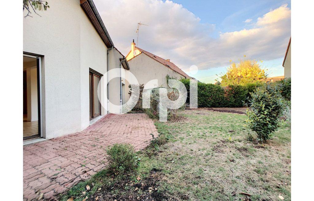 Maison à louer 5 94.26m2 à Olivet vignette-5