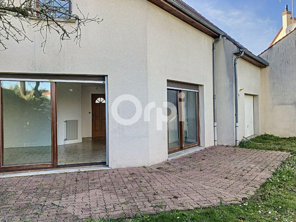 Maison à louer 5 94.26m2 à Olivet vignette-6