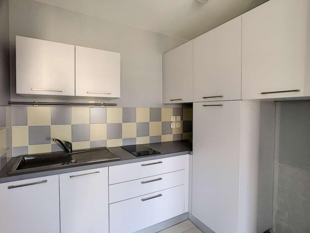 Appartement à louer 2 52.4m2 à Saint-Jean-le-Blanc vignette-3