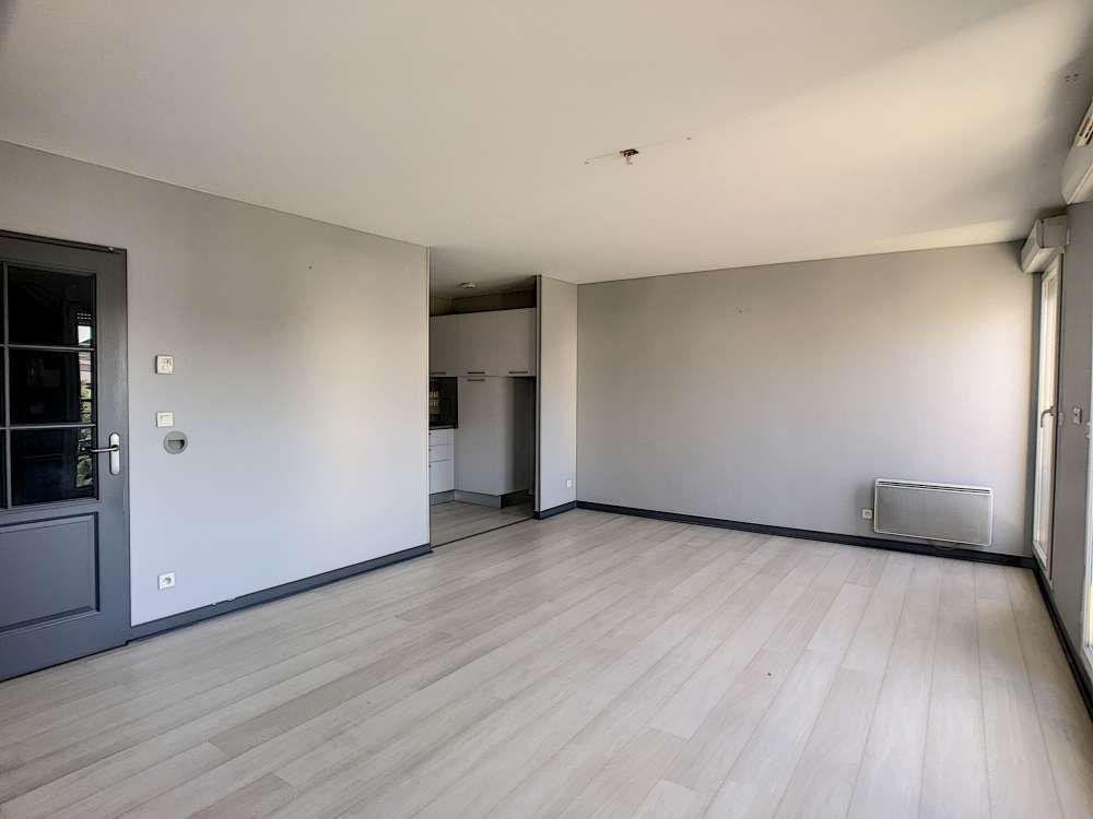 Appartement à louer 2 52.4m2 à Saint-Jean-le-Blanc vignette-5