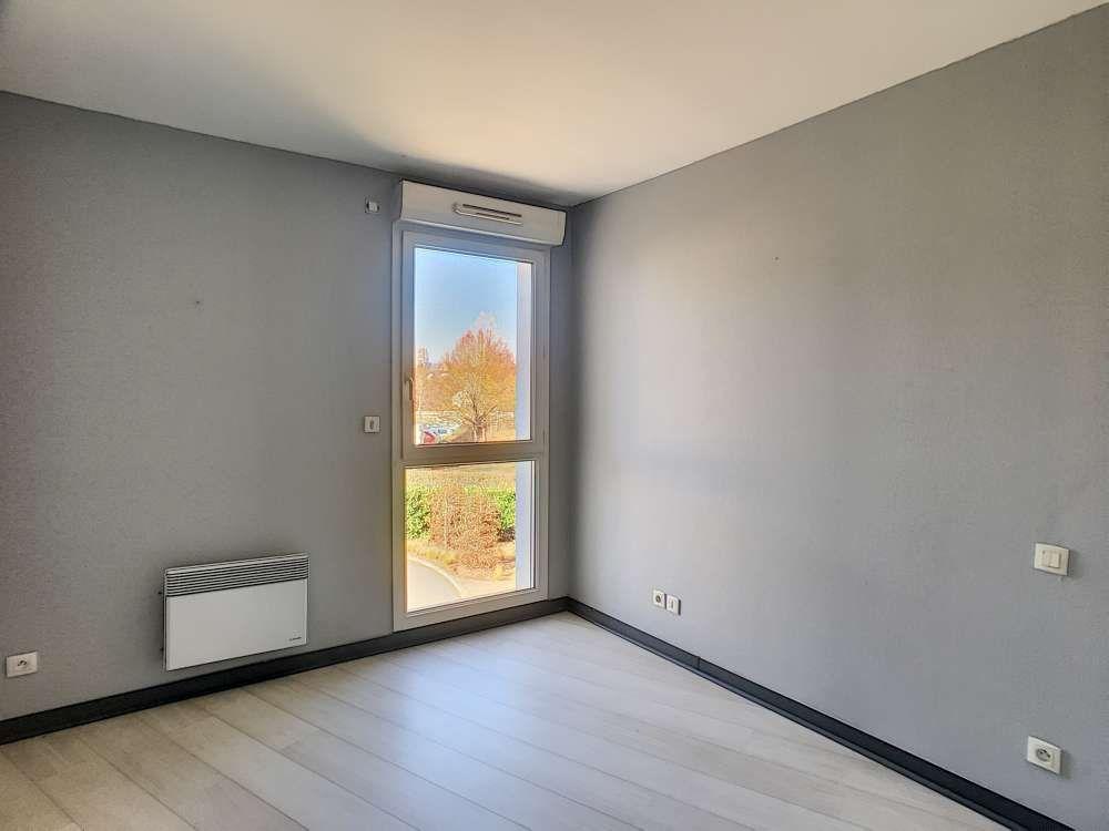 Appartement à louer 2 52.4m2 à Saint-Jean-le-Blanc vignette-7