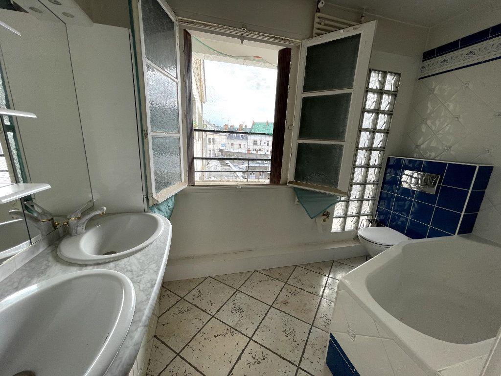 Appartement à vendre 5 134.18m2 à Orléans vignette-9