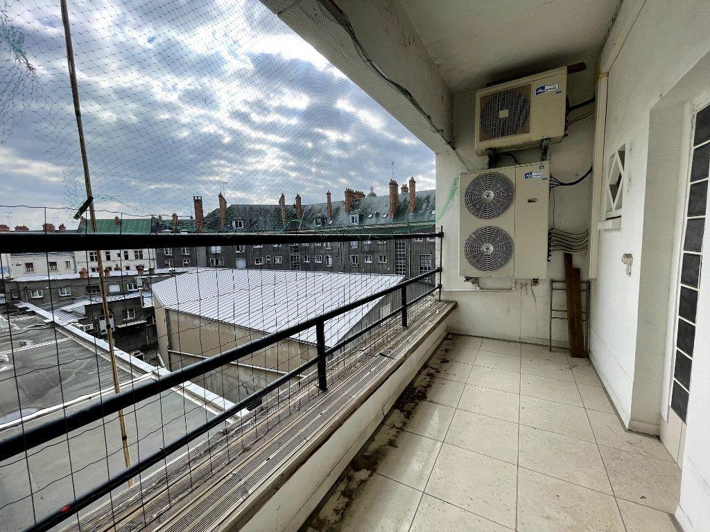 Appartement à vendre 5 134.18m2 à Orléans vignette-11