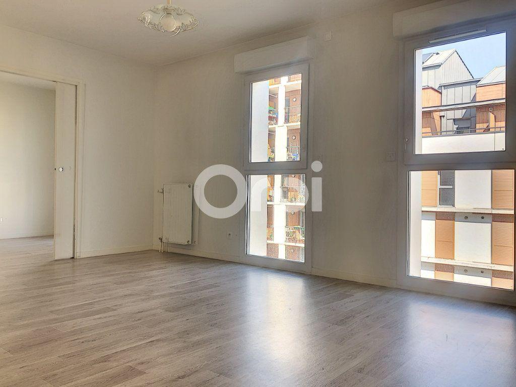 Appartement à louer 2 45.58m2 à Orléans vignette-1